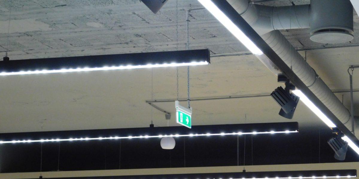LED_vilagitas_uzletben_DSCN0401